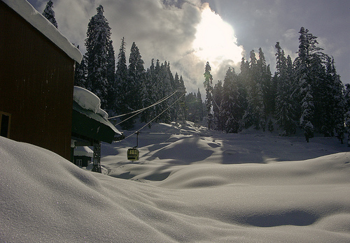 gondola base gulmarg in winters